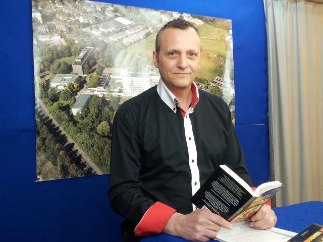 Lesung mit KRIMINAListenROMAN-Autor Bernhard Hatterscheidt bei Echofunk Live am Samstag